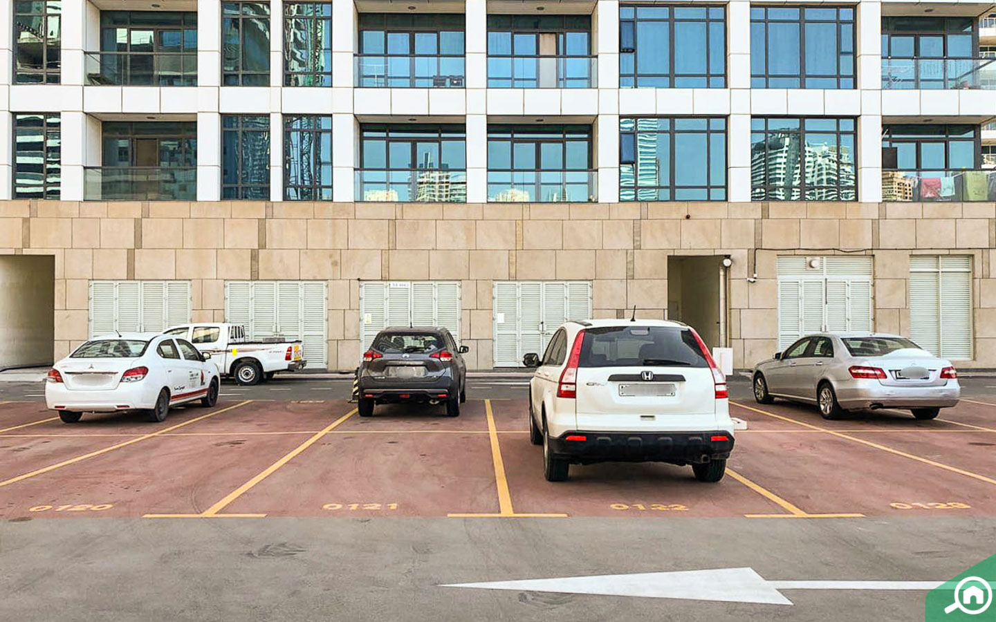parking spaces in lakeside residence