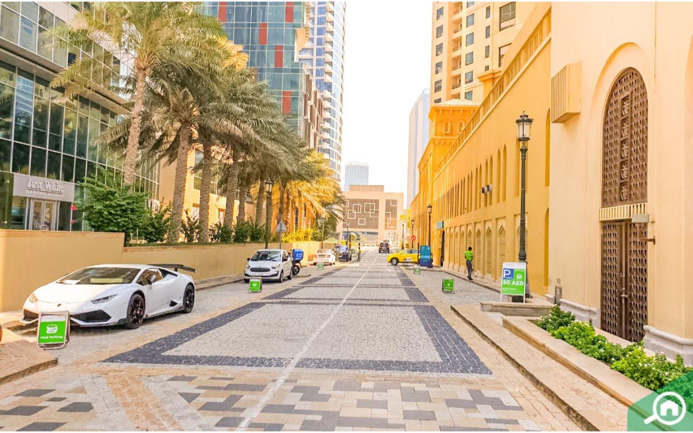Bahar 6 street parking