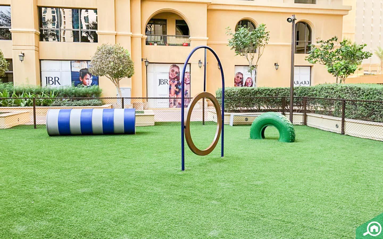 مساحة مخصصة للعب الاطفال امواج 4