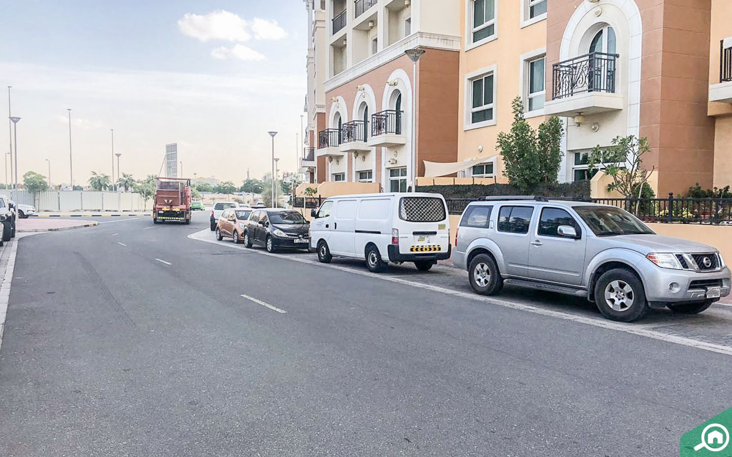 parking spaces in green park residence