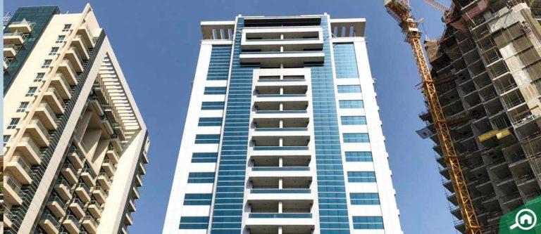 برج ارت XV، الخليج التجاري