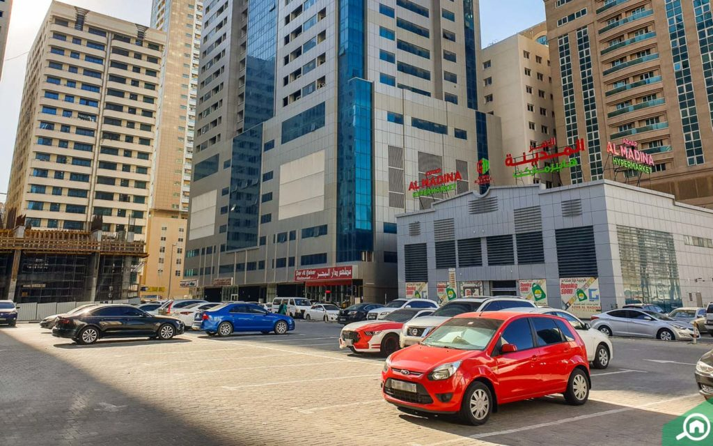 Parking in Gulf Pearl Tower