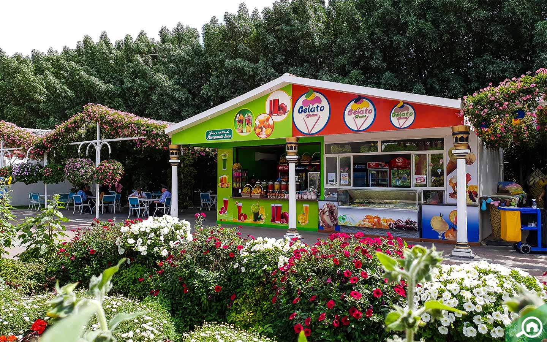 restaurants near vincitore palacio