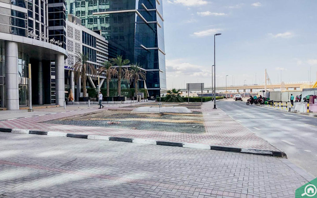Silver Tower Street View