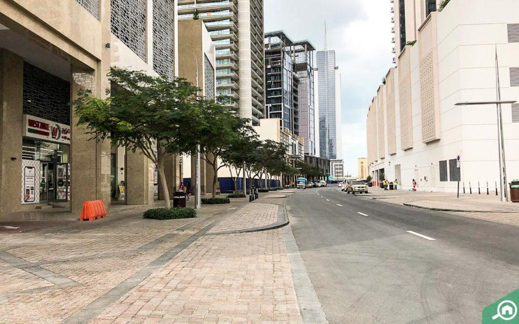 street outside bahwan tower