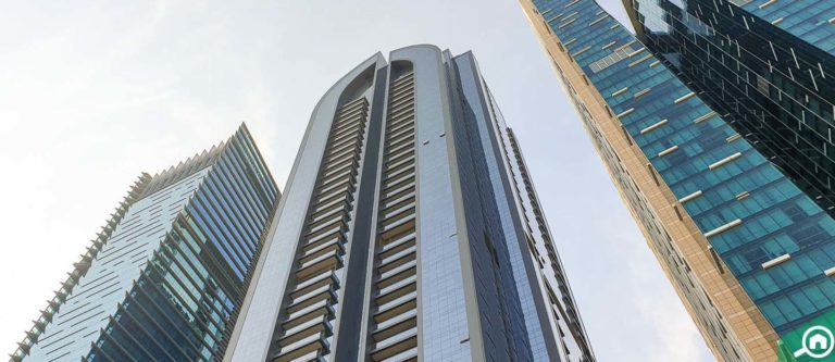 برج دجى، شارع الشيخ زايد