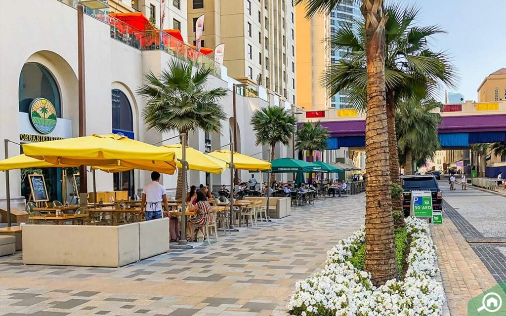 JBR Walk restaurants and cafes