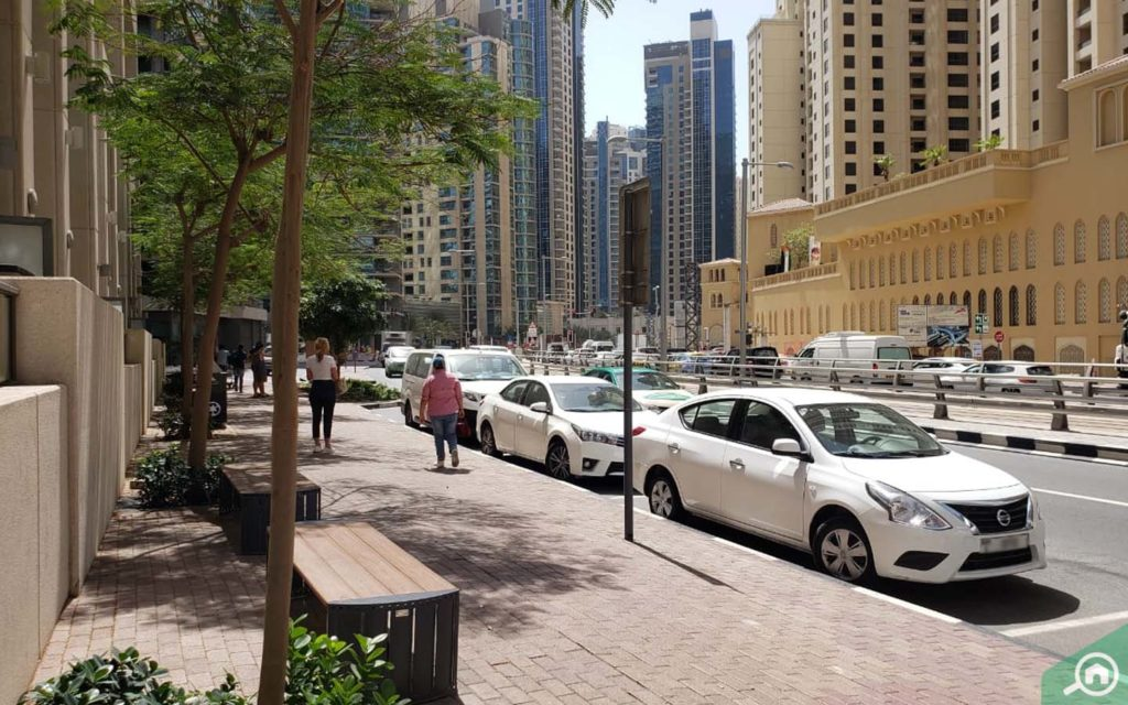 Street parking for Marina Quays West