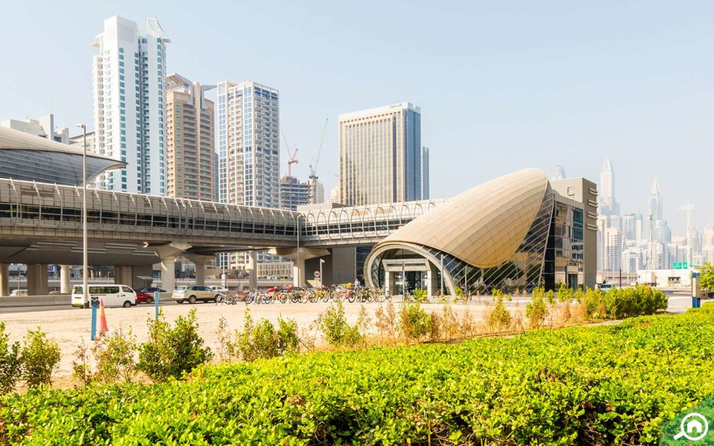 metro station near dubai arch tower