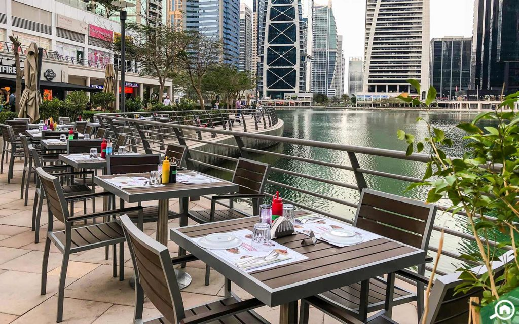 restaurants near dubai arch tower