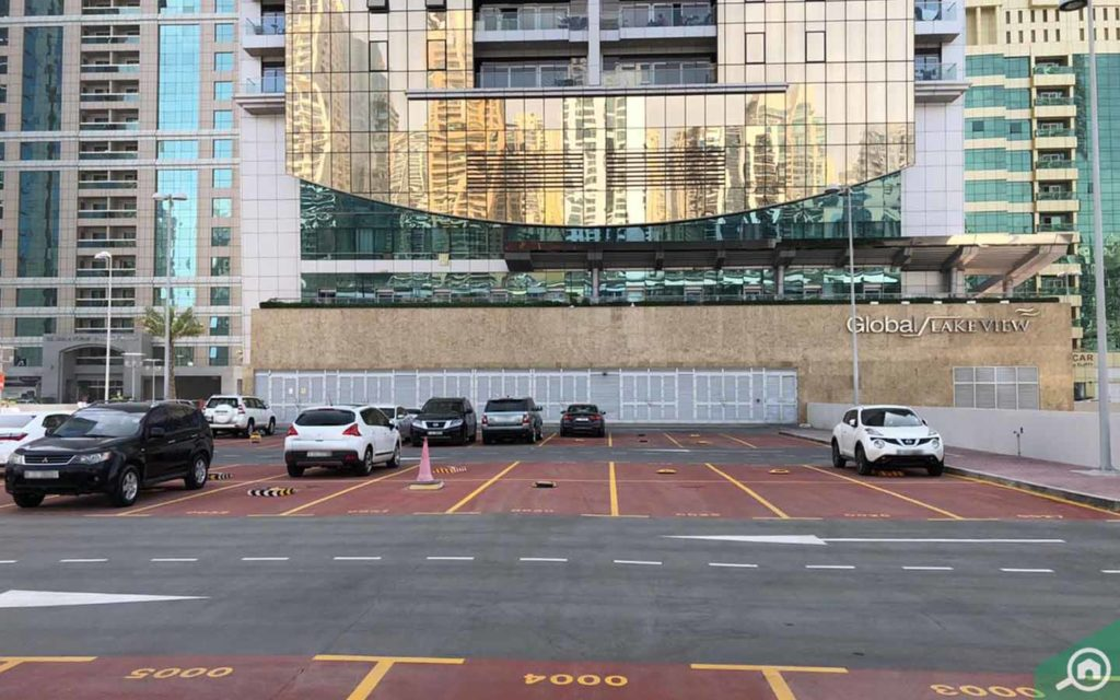 Parking in Global Lake View Tower