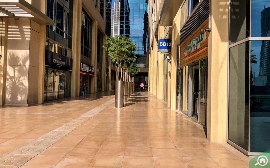 محلات تجارية في باي سكوير دبي