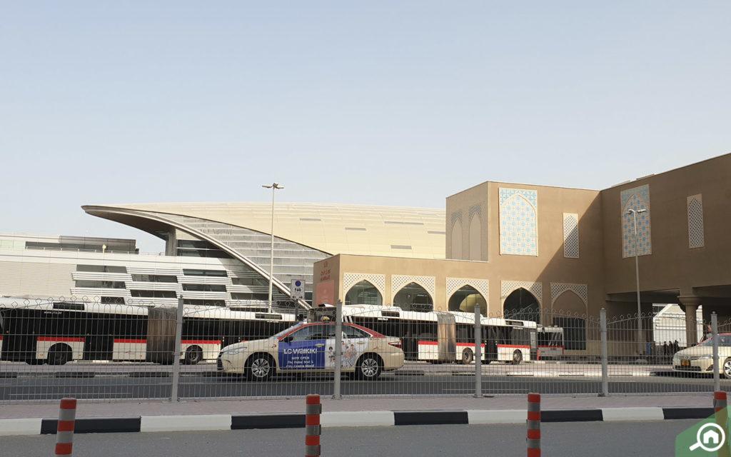 Metro Station near Platinum Tower