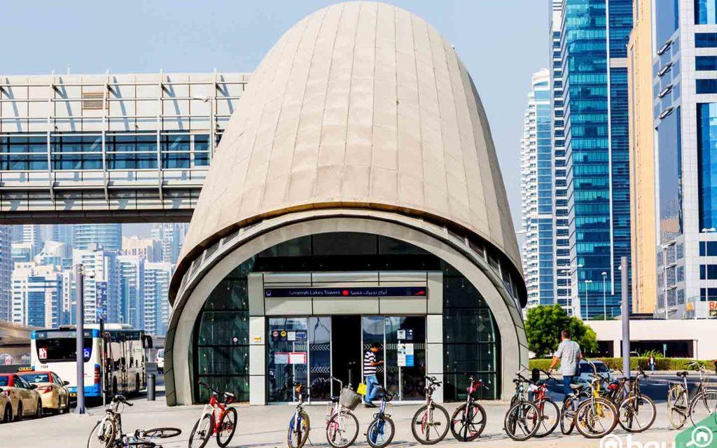 محطة مترو أبراج بحيرات جميرا في دبي