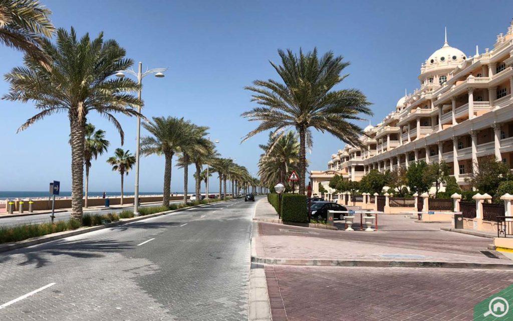Street view of Kempinski Palm Residence