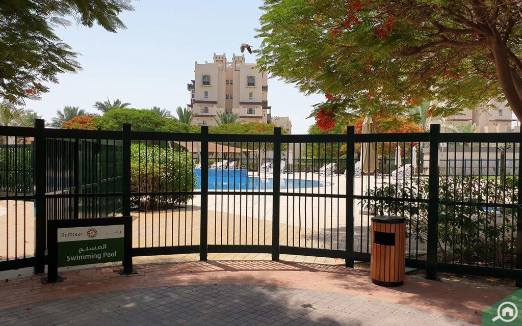 A swimming pool in Al Thamam 24