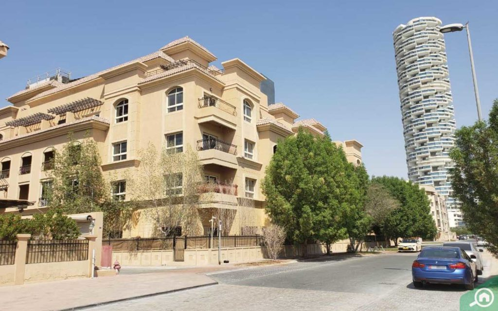 apartments in Diamond Views 1