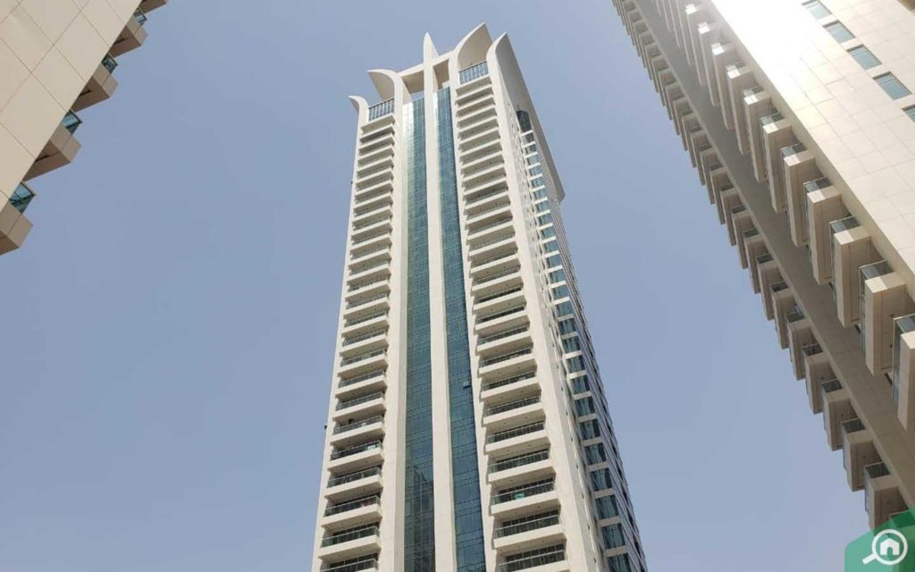 View of Tamweel Tower located in JLT