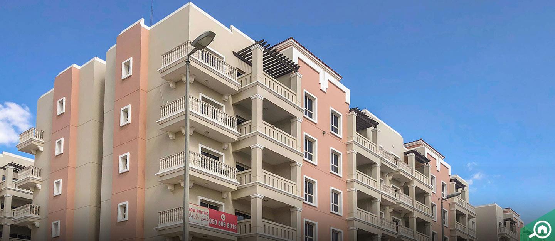 مساكن سنتوريون، مجمع دبي للاستثمار