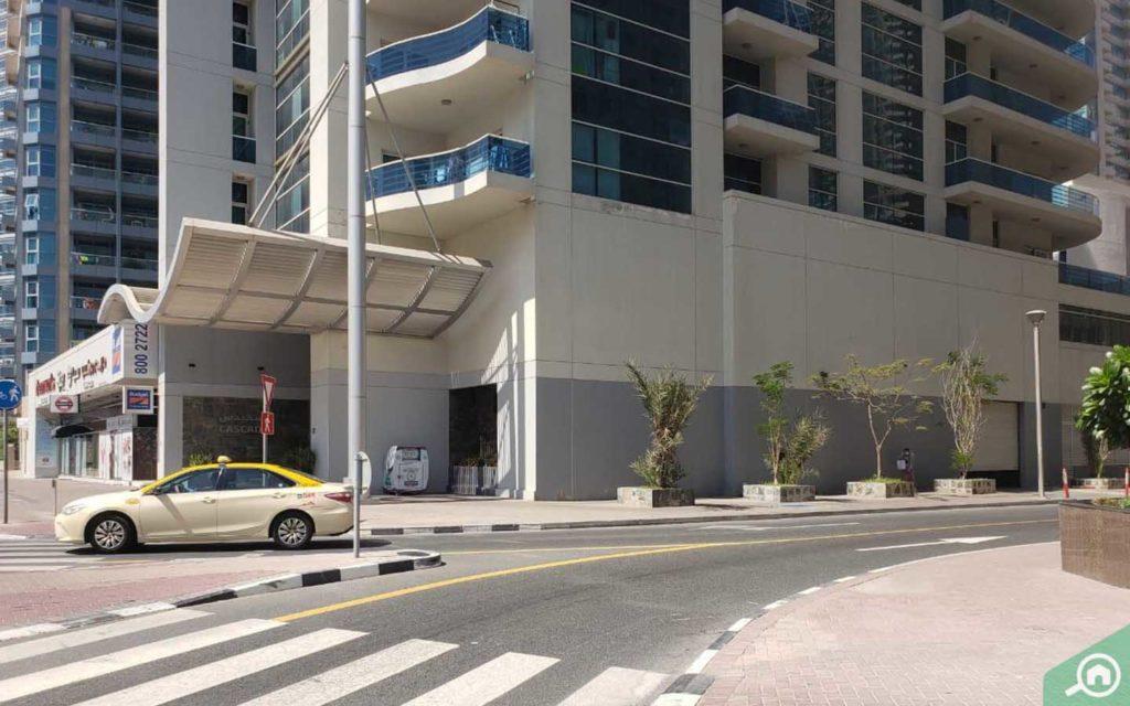 سيارة أجرة في دبي
