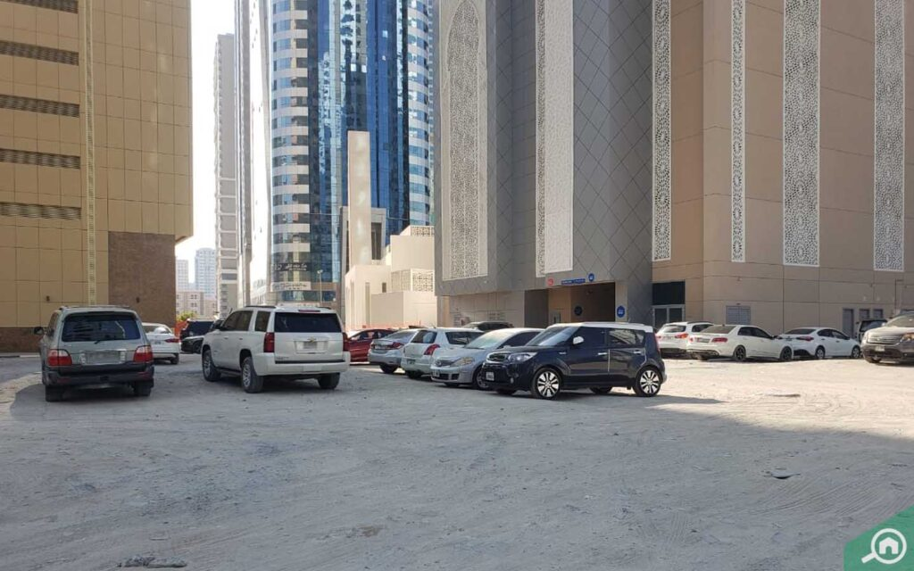 Al Qasimia University Building Street Parking