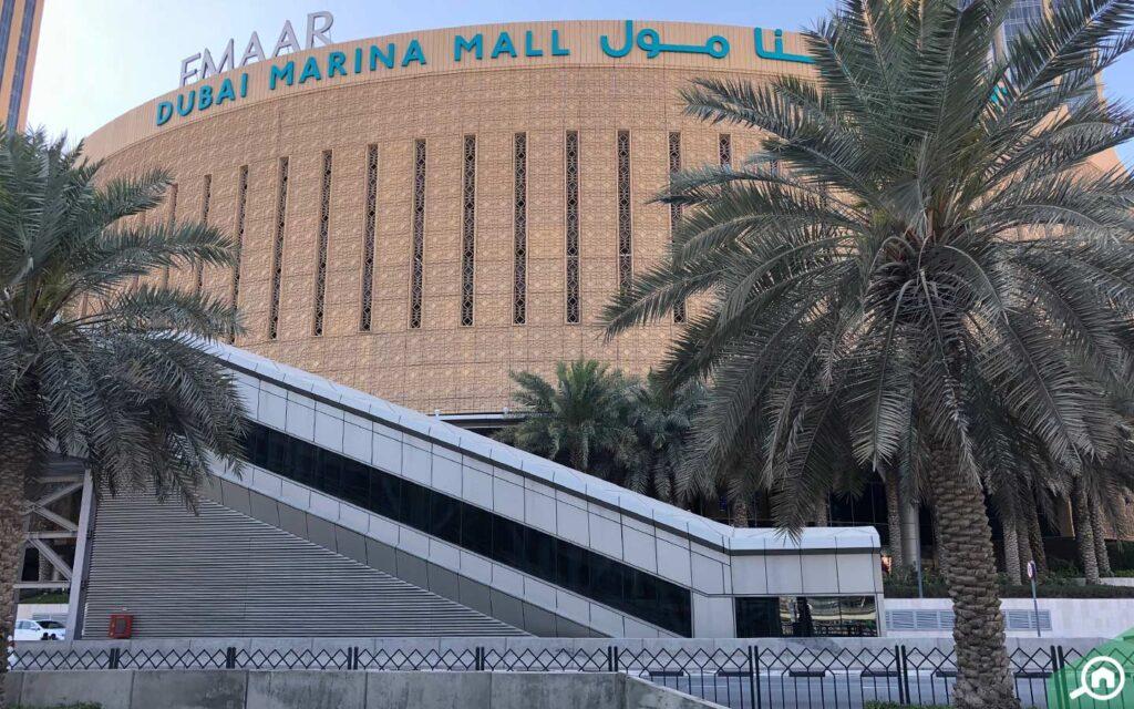 Dubai Marina Mall is home to various international stores