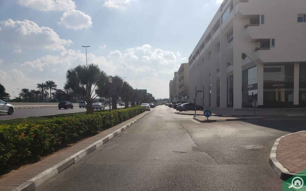 Al Manzel Street view