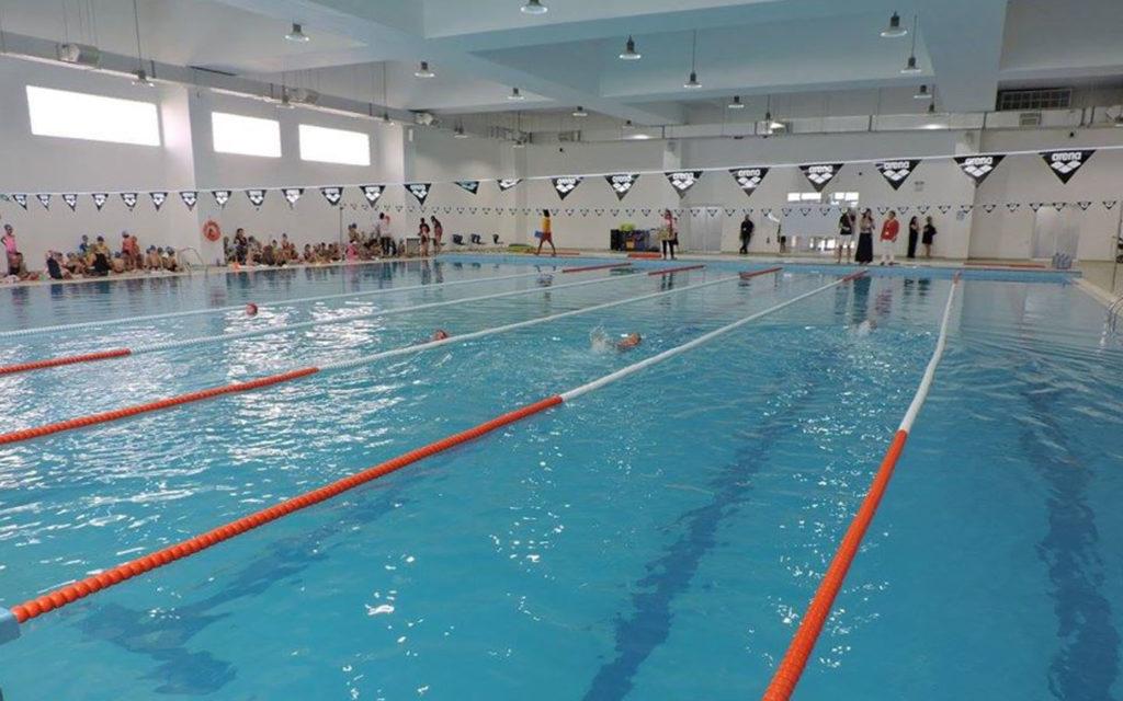 مسبح مدرسة دبي البريطانية