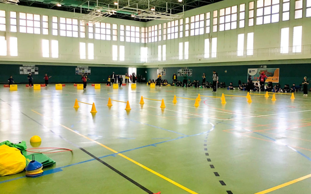 المرافق الرياضية في مدرسة جيمس وينشستر ابوظبي
