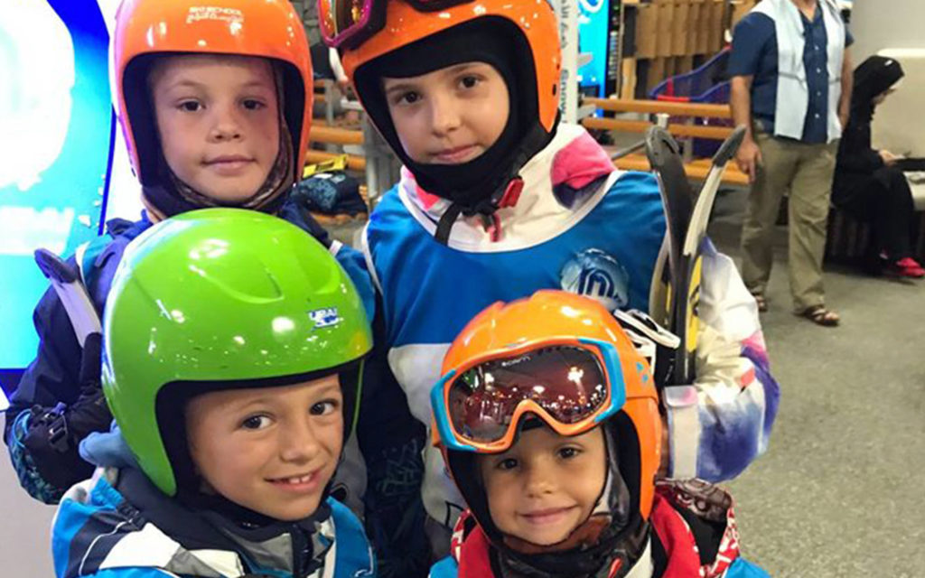 رحلة ميدانية لطلاب مدرسة جيمس جميرا الابتدائية الخاصة إلى سكي دبي