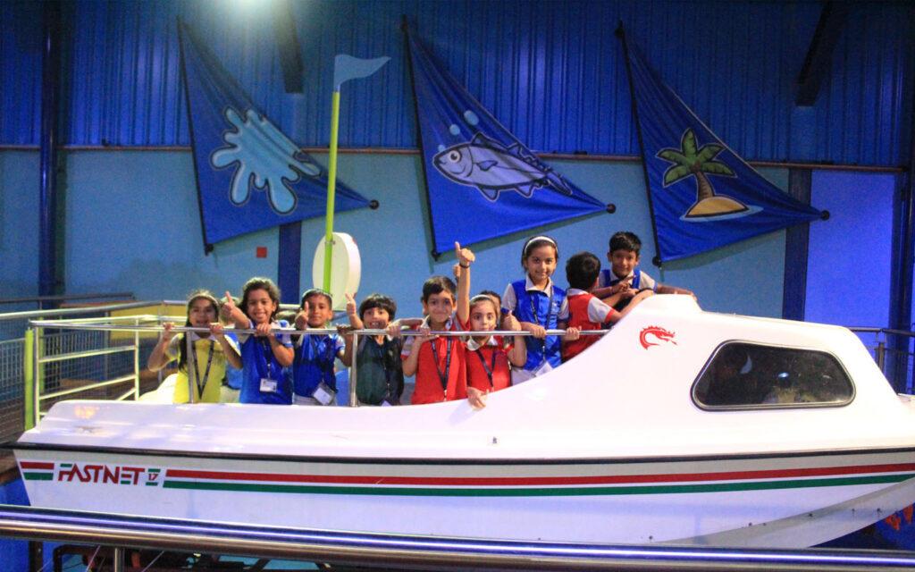 Ryan International School took students to Sharjah Aquarium for the field trip